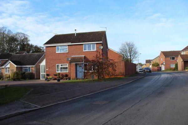 Property valuation for 52 Raedwald Drive, Bury St Edmunds ...
